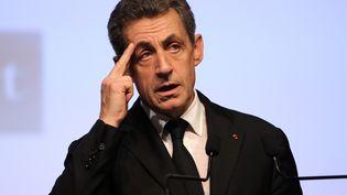 Le président des Républicains, Nicolas Sarkozy, le 10 décembre 2015 à Ajaccio (Corse-du-Sud), en meeting de campagne pour le second tour des régionales. (PASCAL POCHARD-CASABIANCA / AFP)