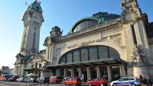 C'est dans un hôtel situé près de la gare de Limoges (Haute-Vienne), que quatre agents de la DGSI ont été démasqués par un hôtelier, jeudi 20 novembre 2014. (  MAXPPP)