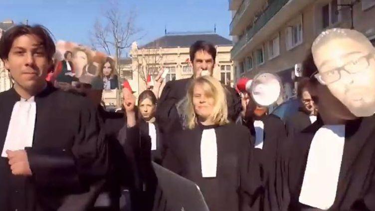 Le clip des avocats du Havre pour préserver les tribunaux de proximité (Des avocats du Havre (Seine-Maritime))