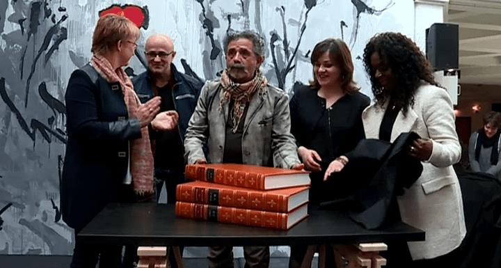 Les 3 ouvrages de cette Encyclopédie présentés officiellement en public le samedi 4 mars à la mairie de Rennes.  (France 3 Culturebox)