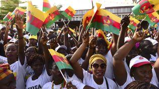 Des supporters du Mouvement pour l'alternance démocratique en campagne à Bissau lors des législatives de mars 2019. (SEYLLOU / AFP)