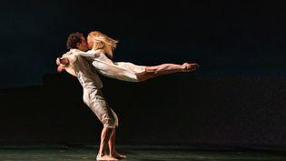 """Eleonora Abbagnato et Stéphane Bullion lors des répétitions du ballet """"Le Parc"""" d'Angelin Preljocaj à l'Opéra Garnier. (YONATHAN KELLERMAN)"""