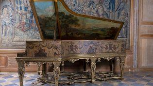 Le piano à queue Steinway & Sons de Charles Aznavour. Longueur : 211 cm. Estimation : 50 000 / 80 000 euros (Xavier Defaix)
