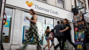 Une agence Thomas Cook à Londres (Grande-Bretagne). (TOLGA AKMEN / AFP)