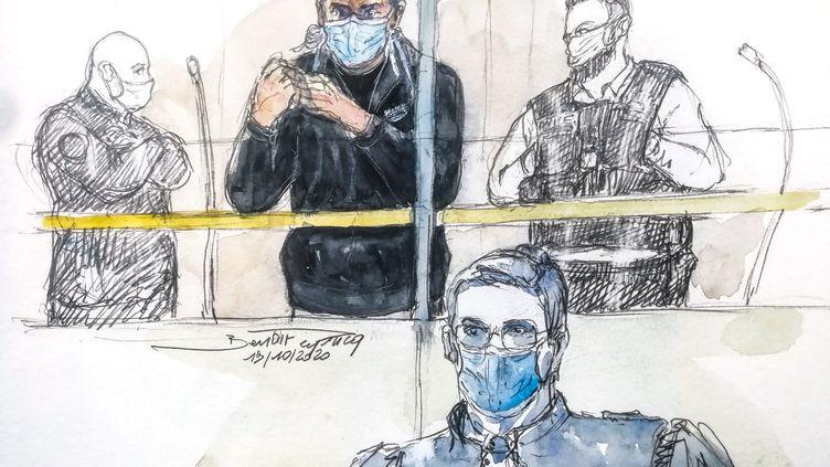 Un croquis représentant le Russe Alexander Vinnik, au tribunal, à Paris, le 19 octobre 2020. (BENOIT PEYRUCQ / AFP)