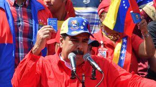 Le président venezuélien Nicolas Maduro prononce un disours devant ses partisans, à Caracas, le 2 février 2019. (YURI CORTEZ / AFP)