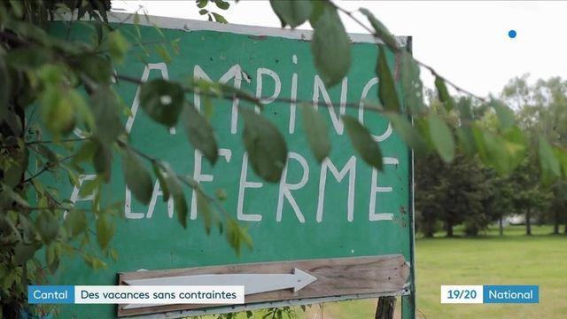 Covid-19 : pour profiter de vacances sans contraintes, des touristes décident de partir dans le Cantal