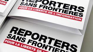 """Reporters sans frontières lance """"Fight for Facts"""" : une nouvelle campagne sur l'infodémie, un terreau pour la désinformation. (BERTRAND GUAY / AFP)"""