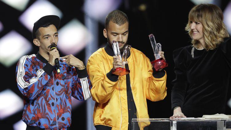 Bigflo & Olisacrés artistes masculins de l'année lors de la 34e cérémonie des Victoires de la Musique le (THOMAS SAMSON / AFP)