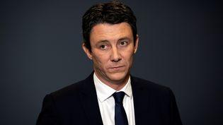 Benjamin Griveaux annonce qu'il renonce à se présenter aux élections municipales à Paris, le 14 février 2020, après la diffusion de vidéos privées à caractère sexuel. (LIONEL BONAVENTURE / AFP)