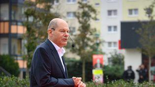 Olaf Scholz, le ministre des Finances et candidat du parti social-démocrate (SPD) aux élections fédérales allemandes, le 25 septembre 2021 à Potsdam (Allemagne). (SOEREN STACHE / DPA-ZENTRALBILD / AFP)