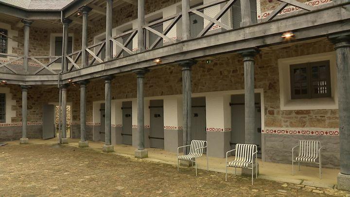 L'ancienne prison de Guigamp transformée en centre d'art. (J. Piron / France Télévisions)