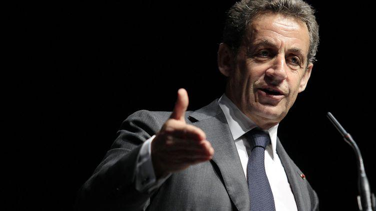 Le président de l'UMP, Nicolas Sarkozy, en meeting le 22 avril 2015, à Nice (Alpes-Maritimes) (JEAN-CHRISTOPHE MAGNENET / AFP)