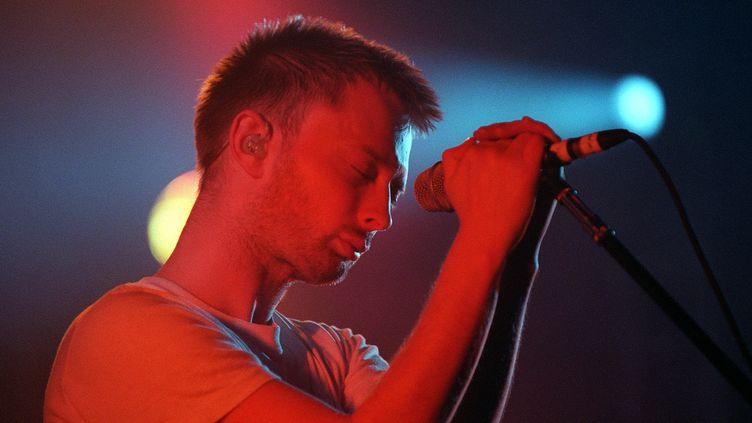 Thom Yorke avec Radiohead au Grand Rex en juin 2000.  (Bertrand Guay / AFP)