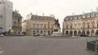 En Italie, les rues désertes de Florence et de Rome avaient impressionné le monde.C'est désormais au tour de la France, avec l'application d'un confinement.Paris et d'autres villes de France ont depuis totalement changé de visage. (FRANCE 3)