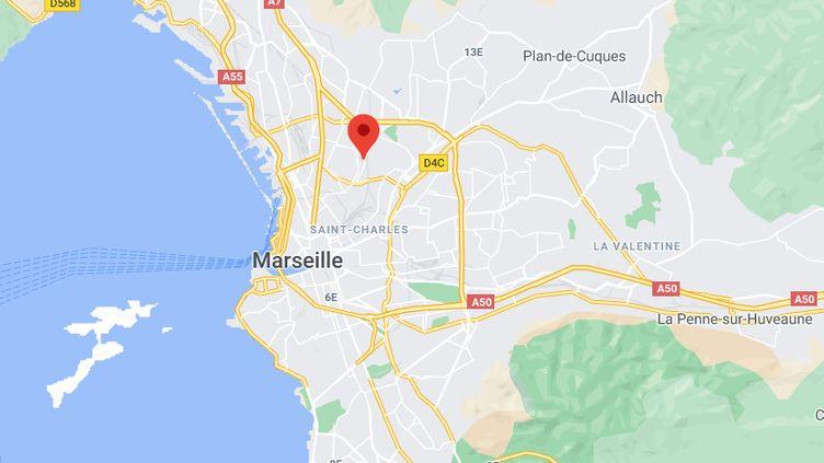 """Un adolescentde 14 ans a été tué par balles dans la cité des Marronniers, dans 14e arrondissement de Marseille, selon le quotidien """"La Provence"""". (GOOGLE MAPS / FRANCEINFO)"""