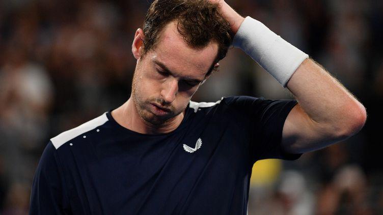 Le Britannique Andy Murray pris par la fatigue et l'émotion (SAEED KHAN / AFP)