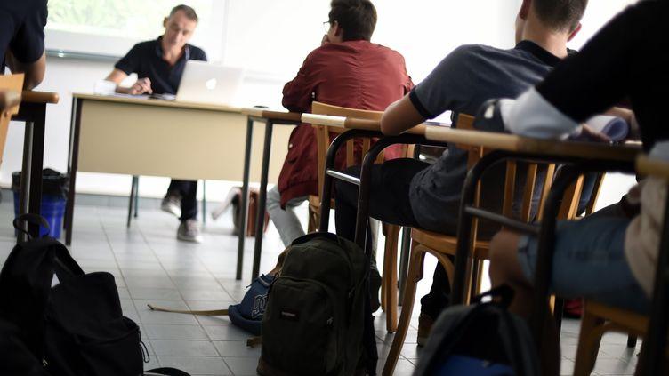 Des élèves dans une salle de classe lors de la rentrée scolaire pour les BTS, 27 août 2018 (photo d'illustration) (ALEXANDRE MARCHI / MAXPPP)