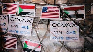 Les Etats-Unis ont livré 606 700 doses du vaccin contre le Covid-19 produit par Johnson and Johnson au Soudan le 6 août 2021. Les Etats-Unis sont le plus grand donateur de l'initiative mondialeCovax qui permet d'approvisionnerles pays les moins nantis en vaccins.  (EYEPRESS NEWS/AFP)