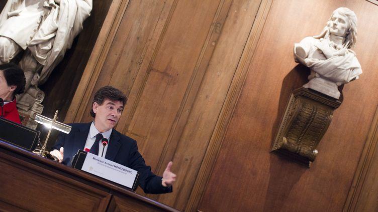 Le ministre du Redressement productif, Arnaud Montebourg, s'exprime à l'Académie des sciences morales et politiques, à Paris, le 22 octobre 2012. (CHRISTOPHE MORIN / MAXPPP)