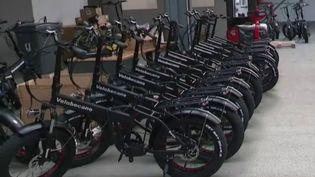 Déconfinement : le vélo électrique plébiscité par les urbains (FRANCE 2)