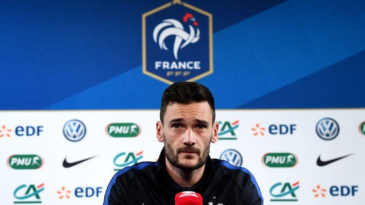 Hugo Lloris, capitaine de l'équipe de France de football.  (FRANCK FIFE / AFP)