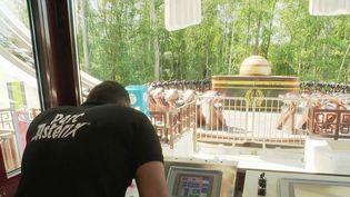 Parc Astérix : les équipes s'activent pour préparer la réouverture du 9 juin (France 2)