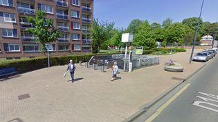 Une étudiante a été agressée, le 2 octobre 2014, à la sortie du métro à Croix (Nord). (GOOGLE MAPS)