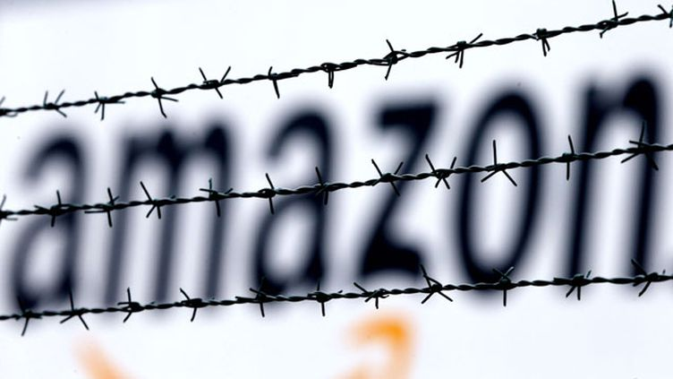 (La stratégie agressive d'Amazon crée régulièrement des tensions avec le monde du livre © AP/SIPA/Frank Augstein)