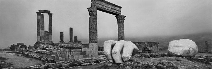 "Josef Koudelka ""Amman. Jordanie"", 2012. (© Josef Koudelka | Magnum Photos)"