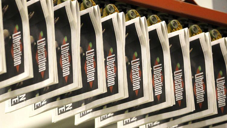 (Avec 93.000 exemplaires vendus chaque jour, Libé est en perte de vitesse © REUTERS/Charles Platiau)