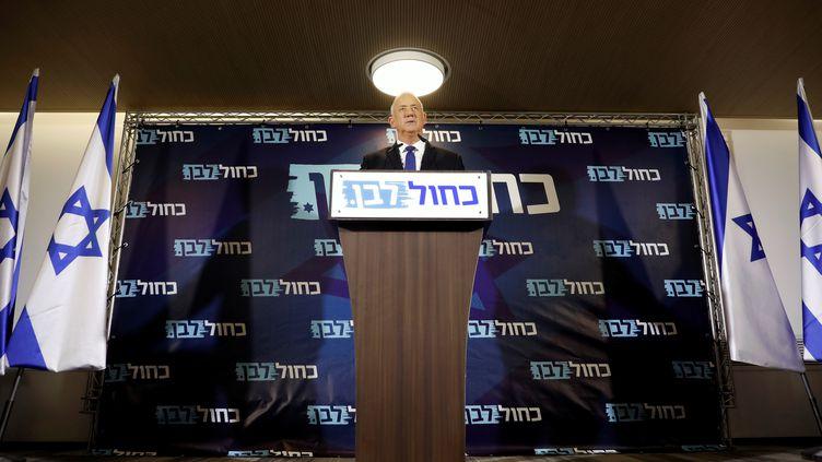 Benny Gantz, leader du mouvement centristeKahol Lavan, le 19 septembre 2019, à tel Aviv (Israël). (AMIR COHEN / REUTERS)
