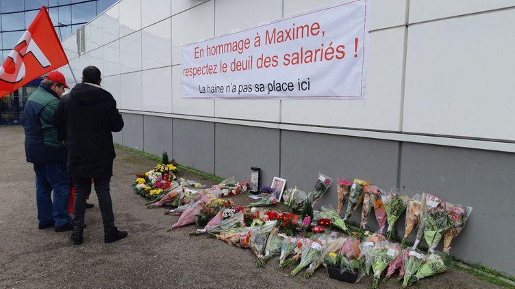 Hommage rendu le 14 janvier 2020 au salarié du Leclerc de Vandoeuvre-lès-Nancy (Meurthe-et-Moselle), qui s'est suicidé sur son lieu de travail. (MAXPPP)