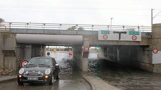 Un tunnel inondé par la crue de la Brague, à Antibes, le 23 novembre 2019. (MAXPPP)