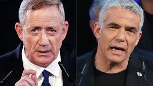 Benny Gantz (à gauche) et Yaïr Lapid, les deux adversaires de Benyamin Nétanyahou les mieux placés dans les sondages pour l'élection législative en Israël, qui ontannoncé leur alliance le 21 février 2019. (THOMAS COEX / AFP)