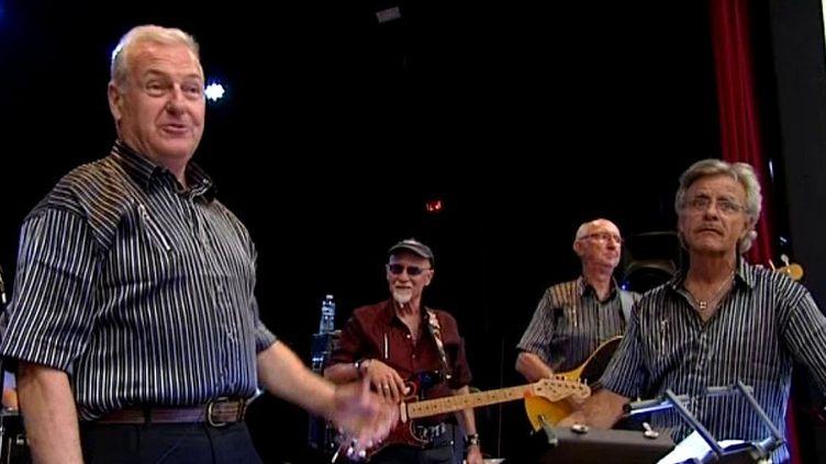 Ils ont plus de soixante ans chacun et le rock est resté leur passion...  (France 3 / Culturebox)