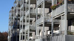 Un immeuble collectif àBourtzwiller, dans le Haut-Rhin, le 28 novembre 2016. (MAXPPP)