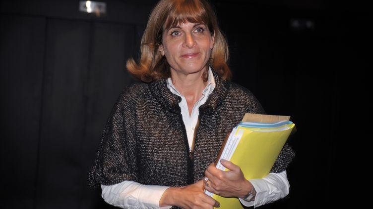 L'ex-directrice générale d'Areva, Anne Lauvergeon,à son arrivée à une conférence de presse sur son litige avec le groupe nucléaire le 16 janvier 2012 à Paris. (ERIC PIERMONT / AFP)
