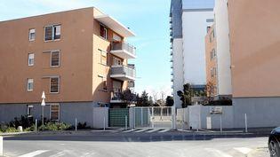 Le quartier de La Devèze à Béziers (Hérault), où réside la jeune femme interpellée dans la nuit du 3 au 4 avril 2021. (MAXPPP)