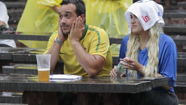 Des supporters brésiliens regardent le match entre le Brésil et la Belgique, à New-York (Etats-Unis), le 6 juillet 2018. (LUIZ RAMPELOTTO / NURPHOTO)