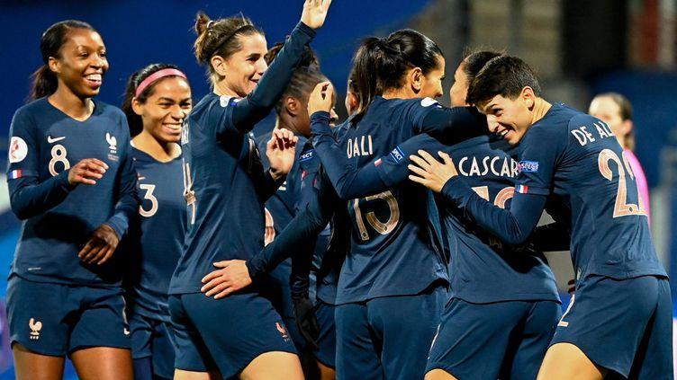 La France reste sur une série de 29 rencontres consécutives sans défaite lors de matches de qualification à l'Euro. (DAMIEN MEYER / AFP)