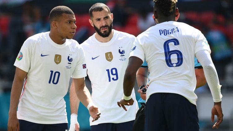 Kylian Mbappé et Karim Benzema ont eu le plus grand mal à trouver la faille face à une défense hongroise héroïque à Budapest, lors du deuxième match des Bleus dans cet Euro 2021. (FRANCK FIFE / POOL)