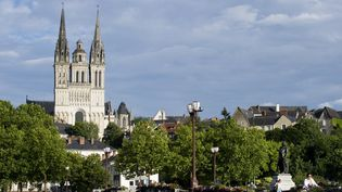 La cathédraleSaint-Maurice d'Angers (Indre-et-Loire) du XIIe siècle. (JEAN-SEBASTIEN EVRARD / AFP)
