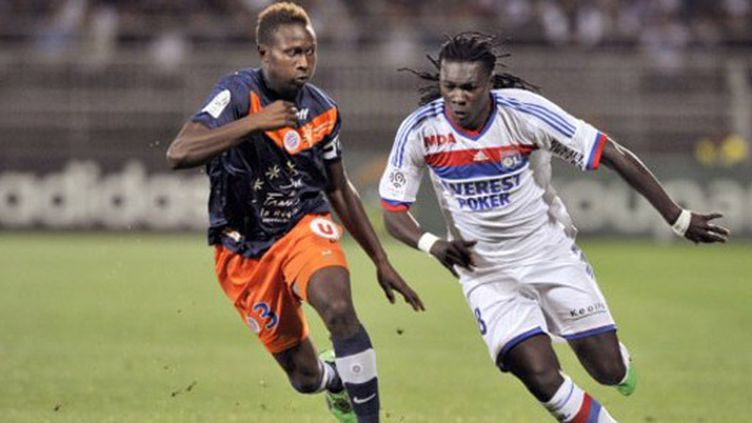 Le Lyonnais Gomis à la lutte avec le Montpellierain Yanga-Mbiwa