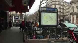 Avec une cinquantaine de cas de Covid-19 recensés à Paris et en banlieue. Comment la capitale gère-t-elle la crise sanitaire ? (France 3)