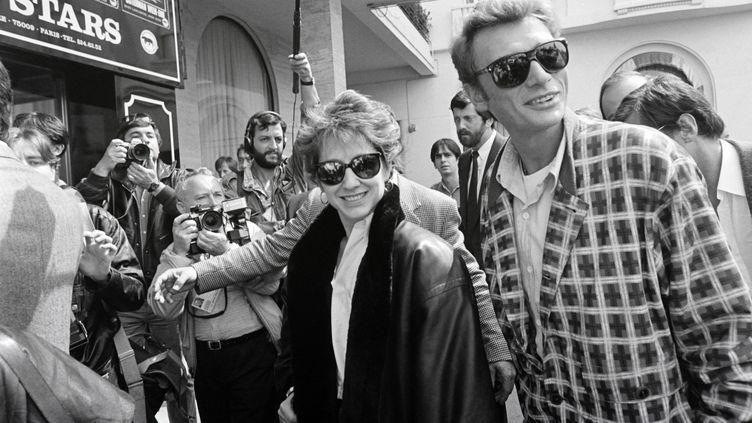 L'actrice Nathalie Baye et Johnny Hallyday, ici à Cannes en 1985, allaient souvent se reposer dans leur maison de Vallière en Creuse. (AFP)