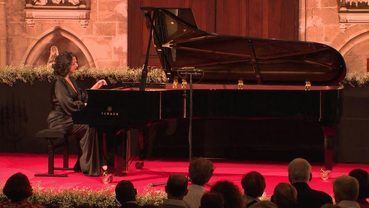 Khatia Buniatishvili en ouveture de la 40e édition du Festival d'Auvers-sur-Oise, le 9 septembre 2021. (France 3 Paris-Ile-de-France)
