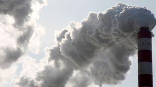 Le taux de concentration du dioxyde de carbone dans l'atmosphère a dépassé le seuil de 400 ppm. (FU XINCHUN / IMAGINE CHINA / AFP)