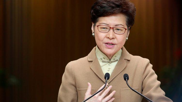 La cheffe de l'exécutif hong-kongais Carrie Lam, à Hong Kong, le 7 janvier 2020.  (NAVESH CHITRAKAR / REUTERS)
