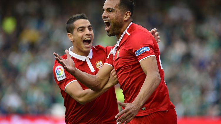 La joie de Gabriel Mercado (FC Séville) (CRISTINA QUICLER / AFP)